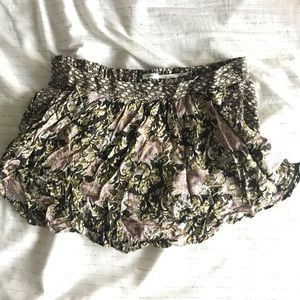Floral skort with stretch fit